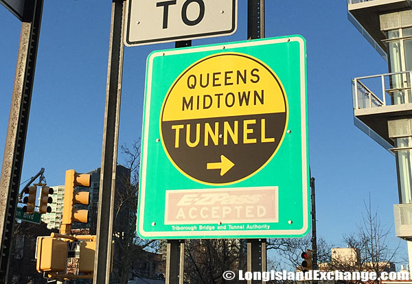 Queens Midtown Tunnel Sign