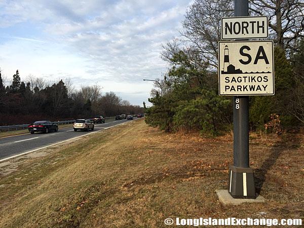 Sagtikos Parkway Marker