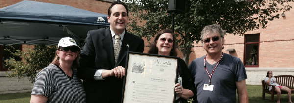Lupinacci Presents Assembly Proclamation to South