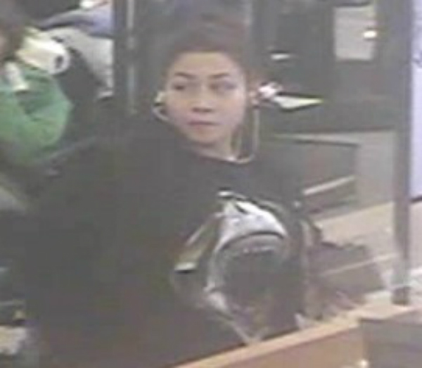 suffolk police seeking suspect who stole jewelry from
